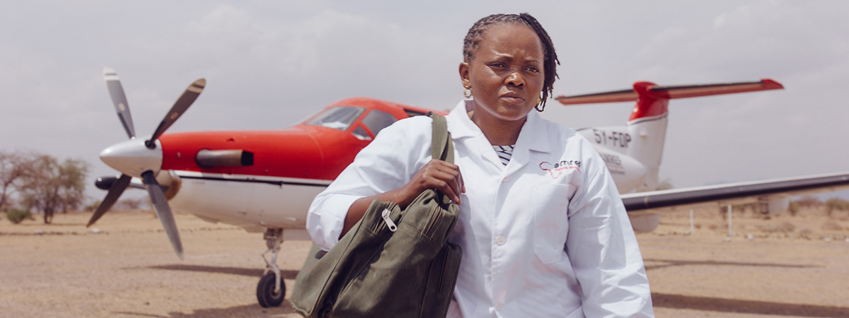 Amref Flying Doctors ute på oppdrag med fly